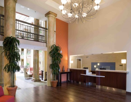 Holiday Inn Express and Suites MH - Front Desk and Registration